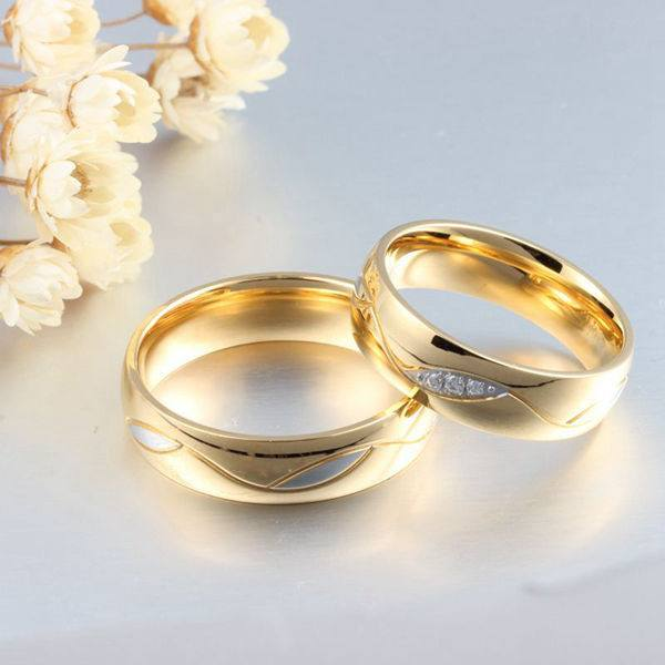 Elegant Titanium Steel Crystal Gold Plated Couple Finger Ring Women Men