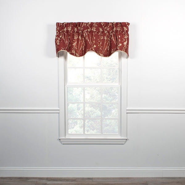 Meadow Lined Scalloped Valance