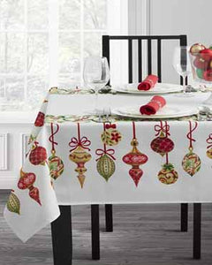 Holiday Trimmings Tablecloth