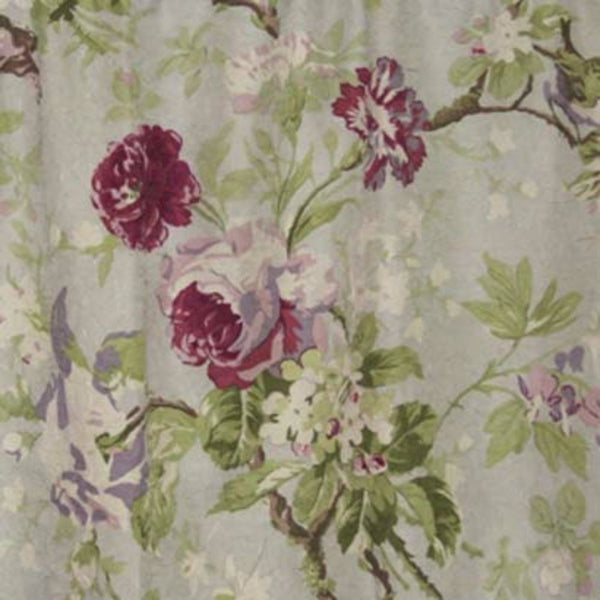 Closeup of Lilac Balmoral Tailored Valance fabric