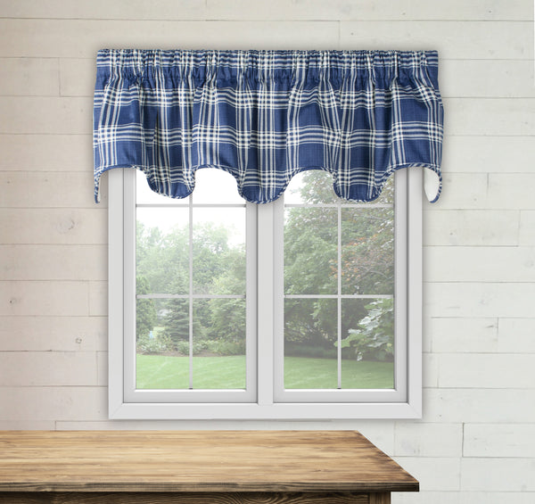 Bartlett Scalloped Lined Valance