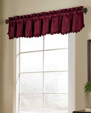 Brick Blackstone Valance hanging on a decorative rod