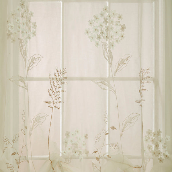 Hydrangea-Balloon-Curtain-Cream-Zoom