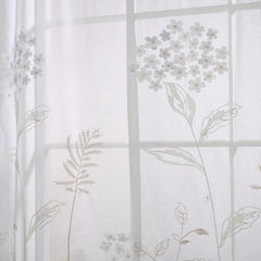 Hydrangea-Balloon-Curtain-White-Zoom