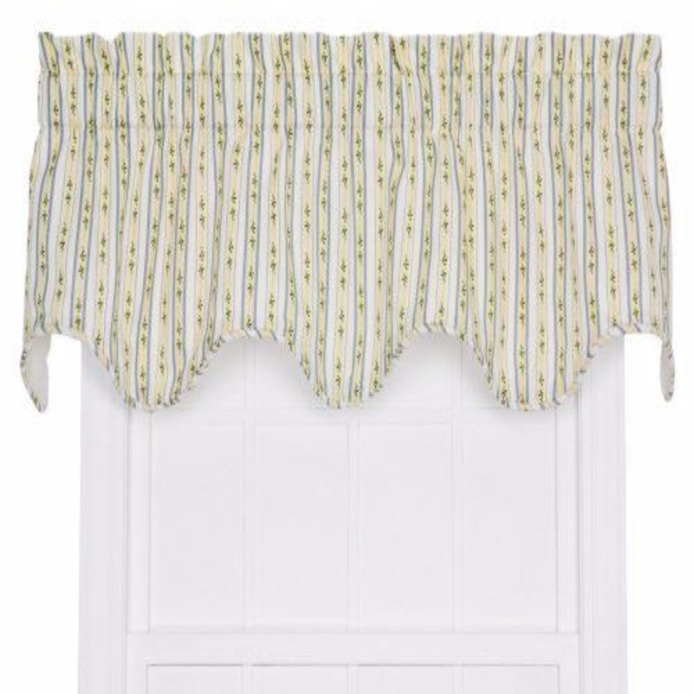 Cynthia-Stripe-Scalloped-Valance-Zoom