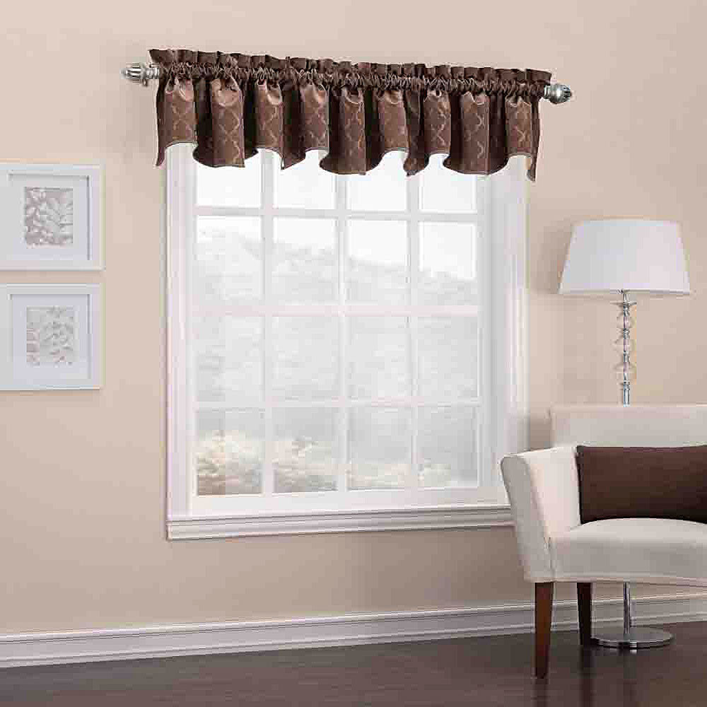 Denise-Thermal-Lined-Valance-Zoom