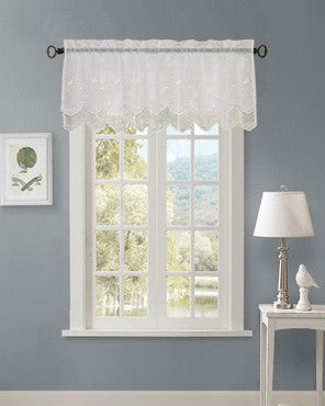 Commonwealth Hathaway Double Scalloped Valance hanging on a decorative rod