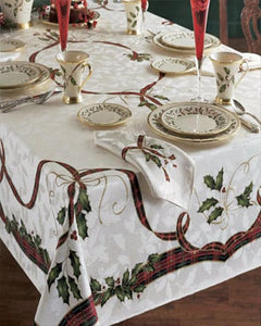 Holiday-Nouveau-Fabric-Tablecloth