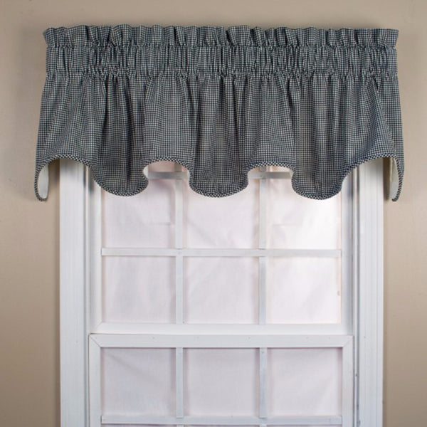 Logan-Check-Lined-Scalloped-Valance-Zoom