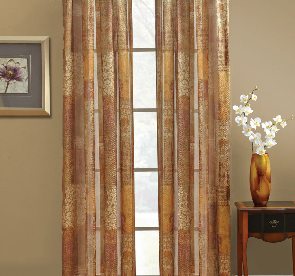Madagascar-Printed-Sheer-Panel-Zoom