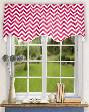Reston-Scalloped-Valance