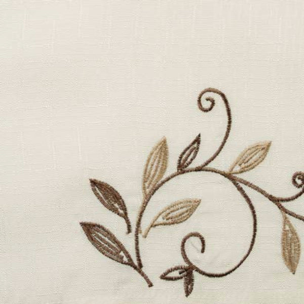 Closeup of Ivory Scroll Leaf Tier & Valance fabric and design