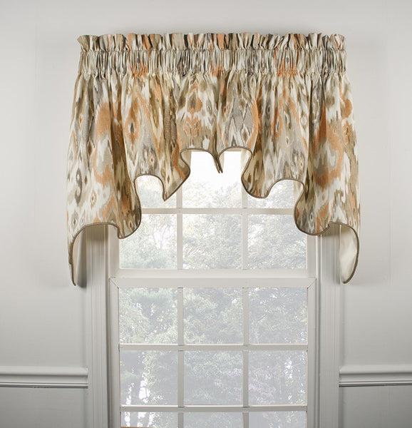 Terlina-Lined-Duchess-Valance-Zoom
