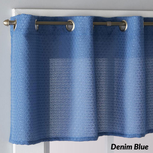 Closeup of Denim Blue Trio Grommet Valance
