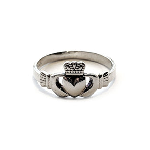 Women's Claddagh Ring