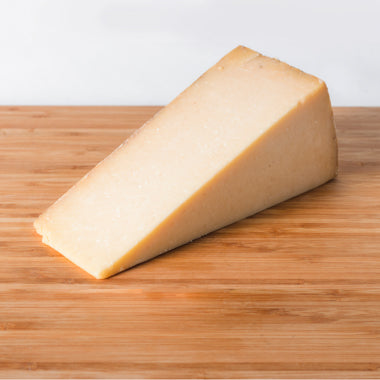 Cabot Clothbound Cheddar cheese