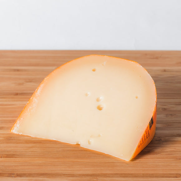 premium gouda cheese, wisconsin cheese