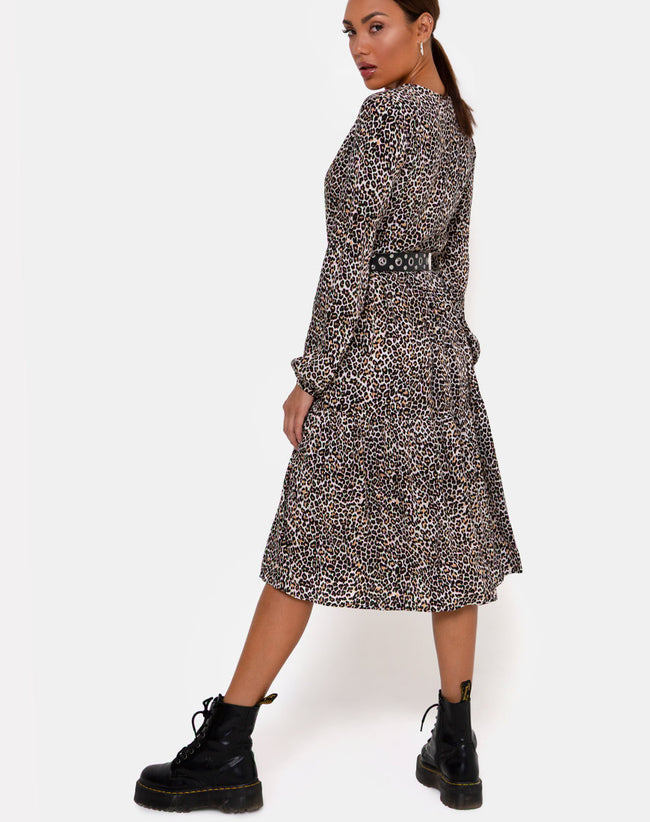 Bello Midi Dress in Rar Leopard Brown by Motel