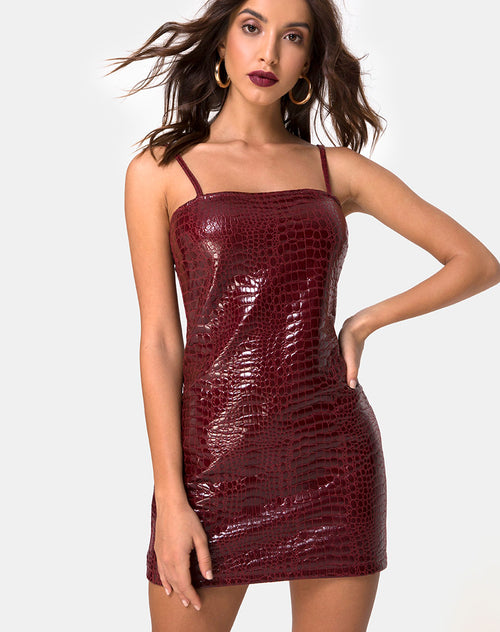 Burmay Dress in PU Croco Wine by Motel