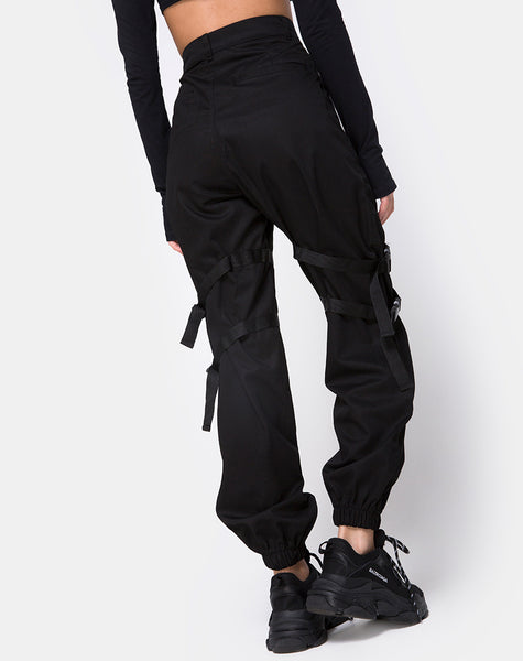 Clive Cargo Trouser in Black Buckle