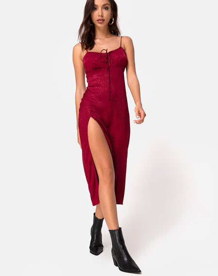 Kulu Dress in Satin Cherry by Motel