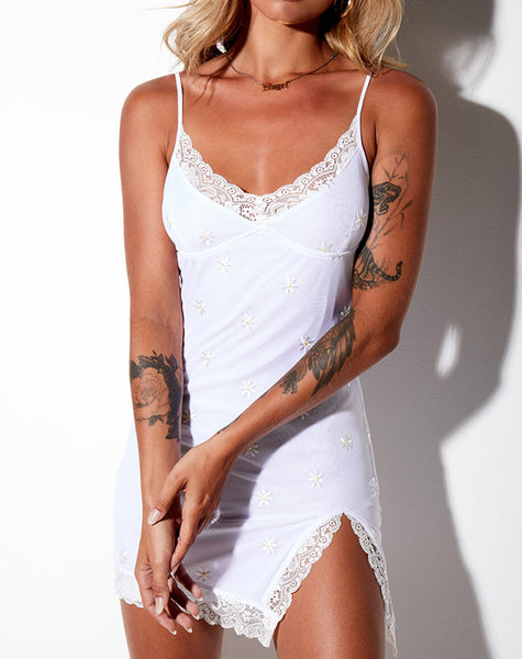 Daisy Bodycon Dress in White Daisy Embro White