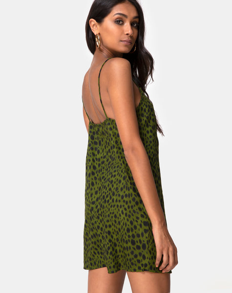 Datista Dress in Cheetah Khaki by Motel