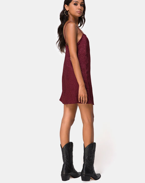 Datista Slip Dress in Satin Cheetah Burgundy by Motel