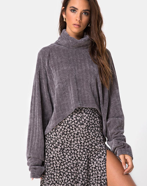 Evie Cropped Sweatshirt in Chenille Grey by Motel