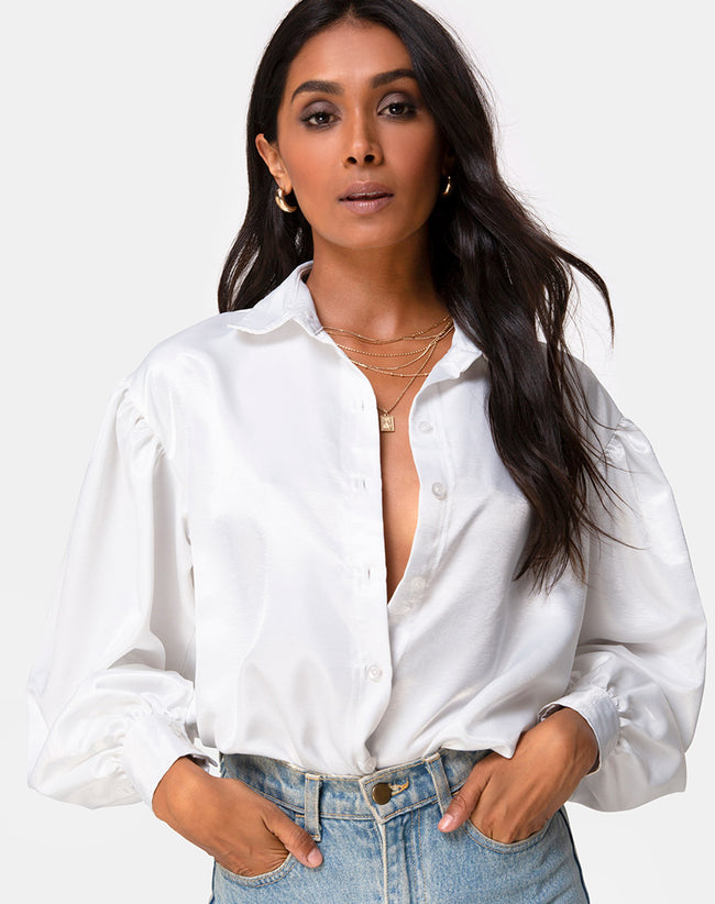 Frantic Longsleeve Blouse in Satin Ivory by Motel