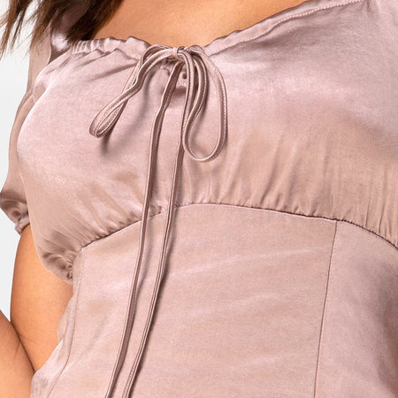 Guenette Dress in Satin Taupe