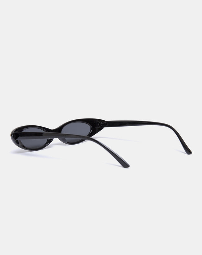 Kourt Sunglasses in Black by Motel
