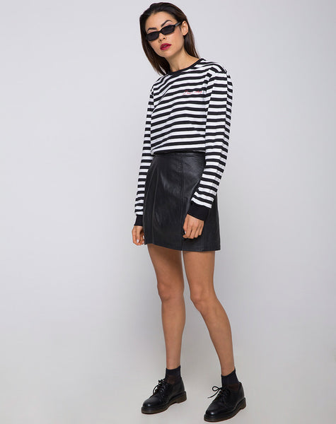 Oversize Longsleeve Tee in I Want Change BW Stripe