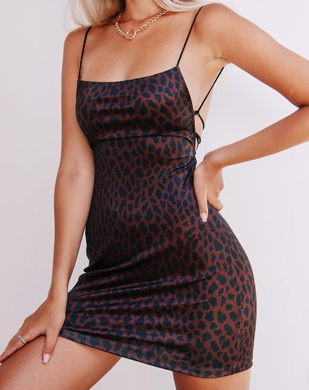 Tishe Bodycon Dress in Mesh Sand Leopard by Motel