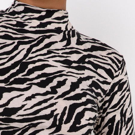 Quelia Crop Top in 90's Zebra by Motel