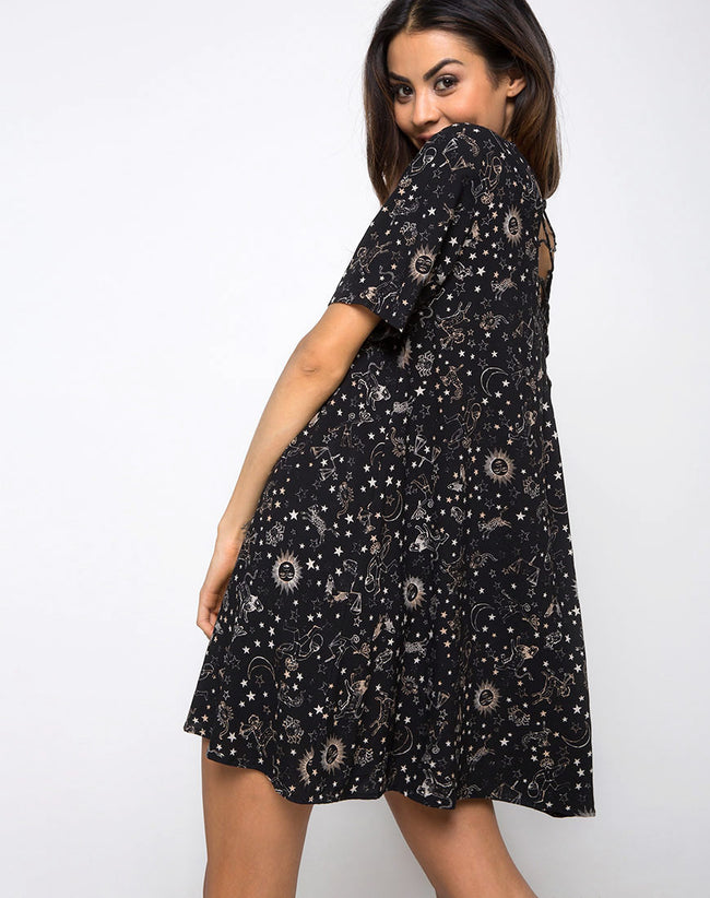 Sasena Swing Dress in Astro Black by Motel