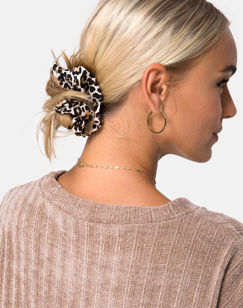 Scrunchie in Rar Leopard by Motel