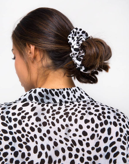 Scrunchie in Pink Cheetah by Motel