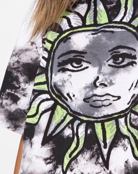 Sunny Kiss Tee in Tie Dye Celestial Lime by Motel