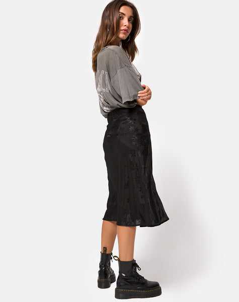 Tauri Midi Skirt in Satin Rose Black by Motel