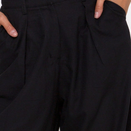Yeva Trouser in Black