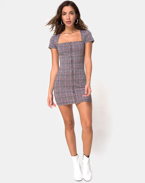 Zileah Shift Dress in Charles Check Blush by Motel