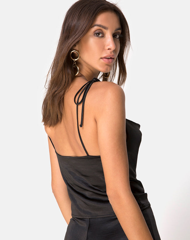 Ordez Top in Satin Black by Motel