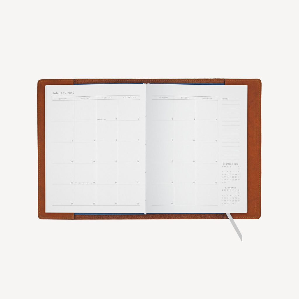 The NORTHGATE™ Refillable 2019 Agenda - Small - Cognac