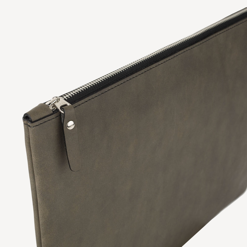 The FREMONT™ Pouch - Large - Slate Grey