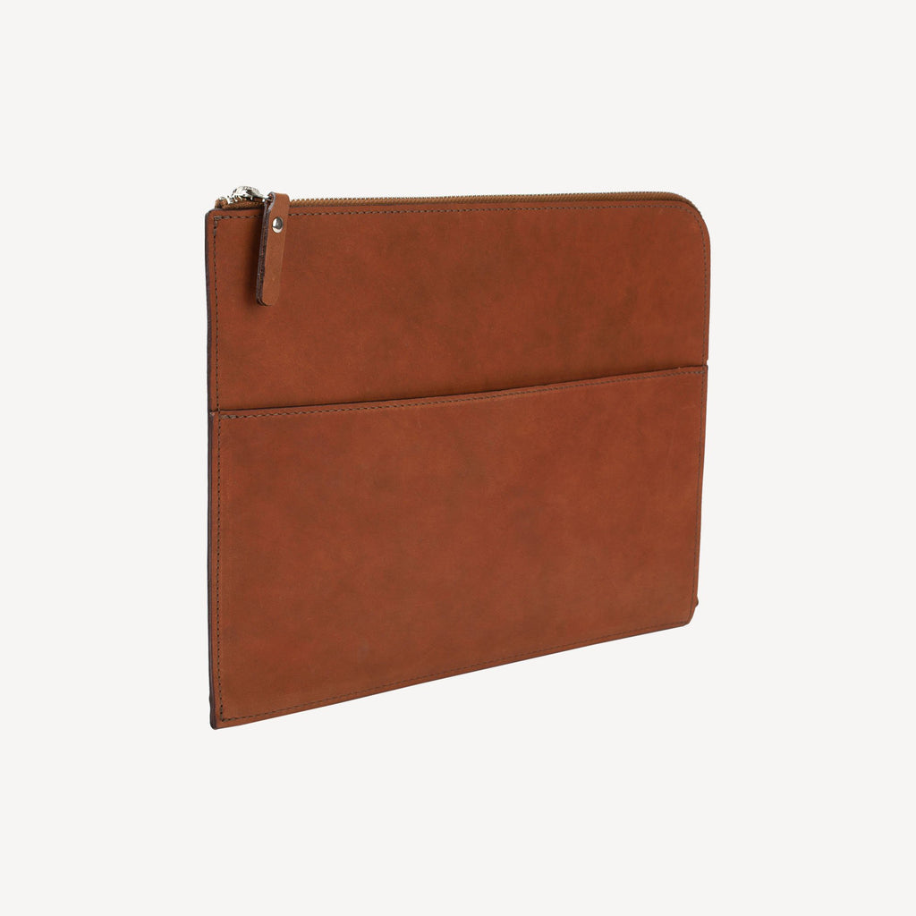 The FREMONT™ Zip-Around Pouch - Medium - Cognac