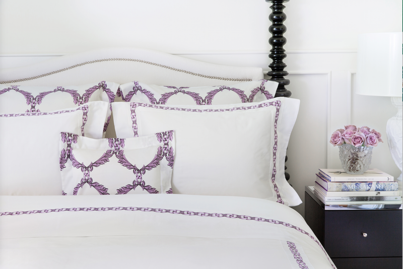 Acanthus Scroll Bordered Duvet - Tribute Goods