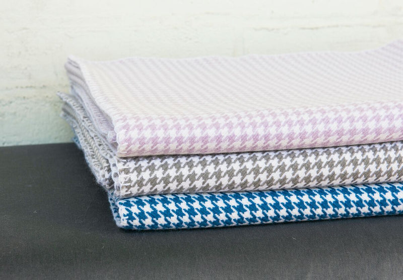 Grey and White Houndstooth Cashmere Blanket