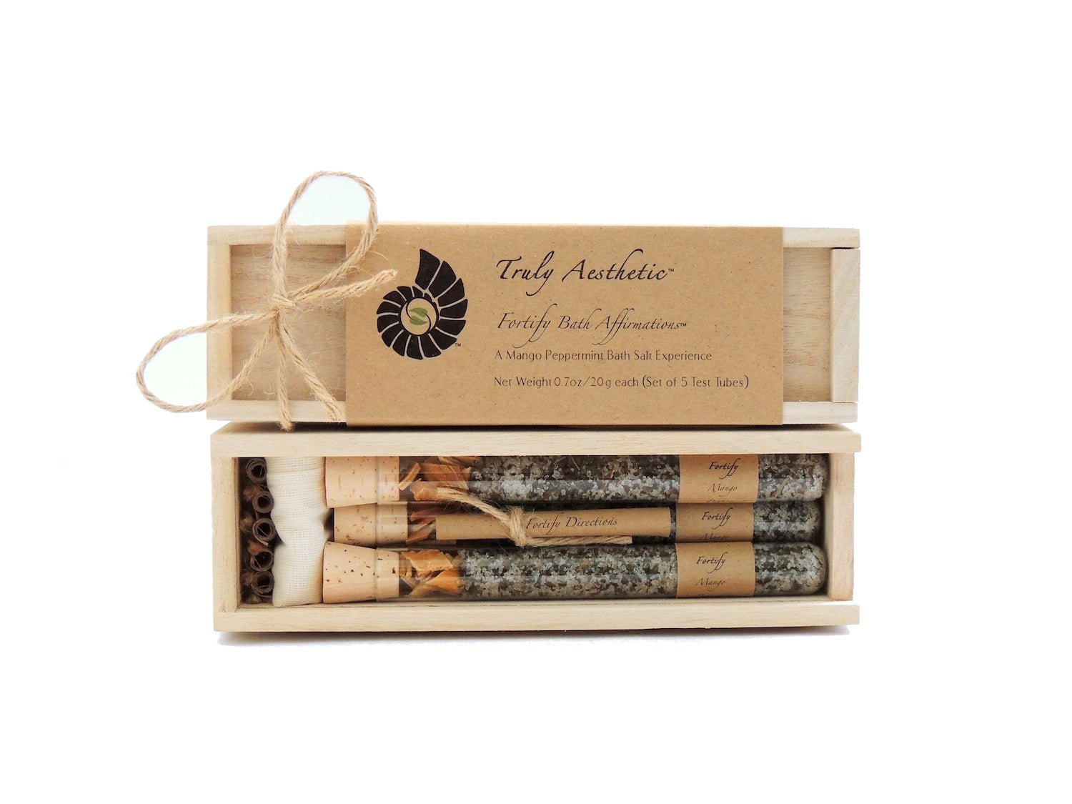 Truly Aesthetic Fortify Mango Peppermint Bath Affirmations Gift Box Set Packaging