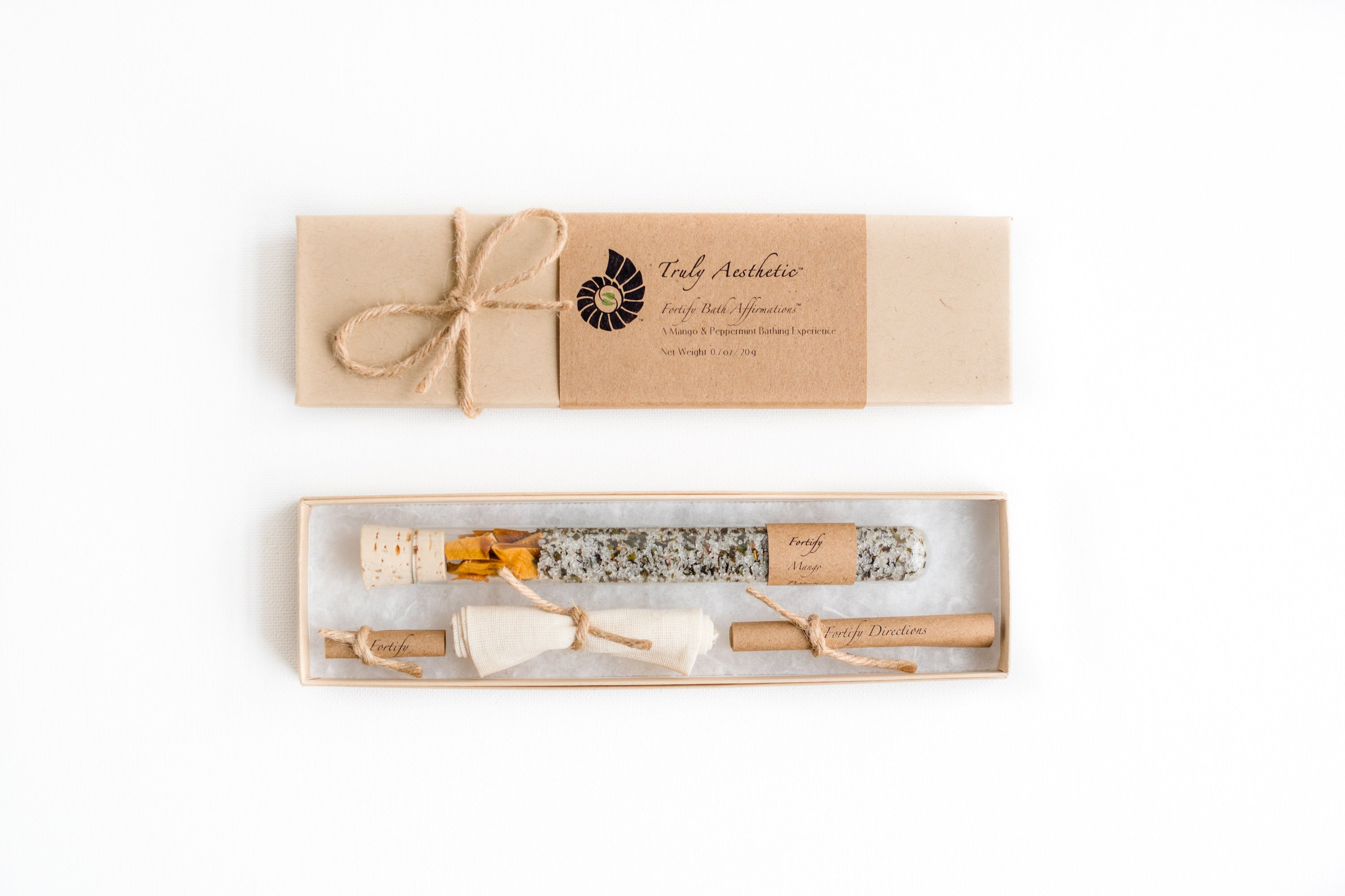 Truly Aesthetic Fortify Mango Peppermint Petite Bath Affirmations Bath Salts Gift Box Set Packaging